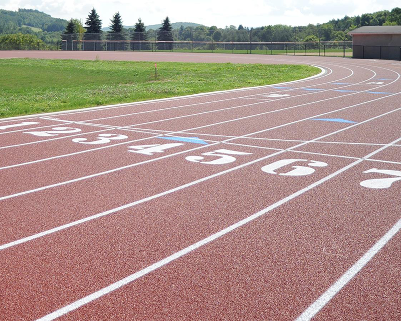 Track and field club sprints to finish line