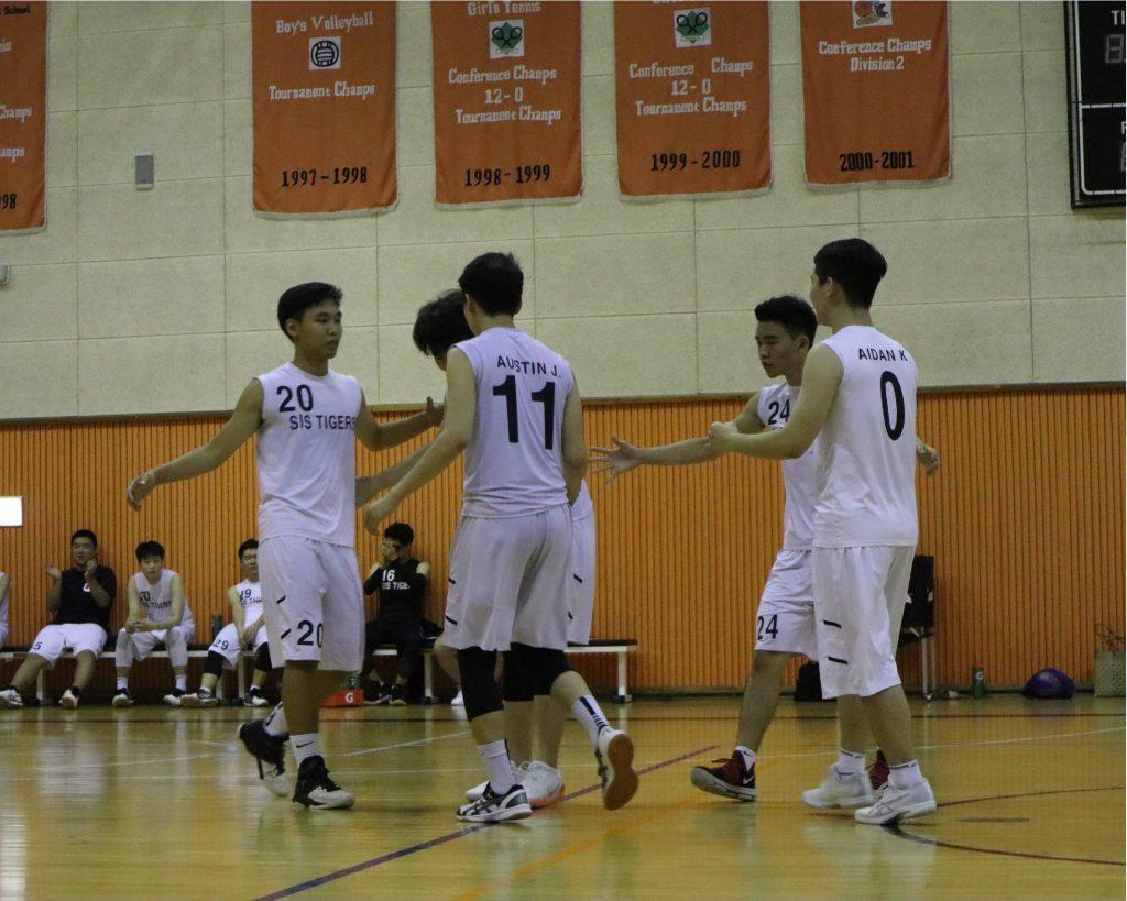Underclassmen+contribute+to+varsity+sports