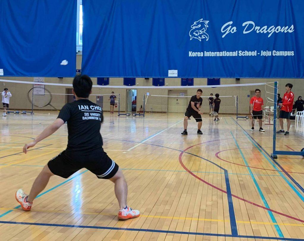 Athletes+compete+in+badminton+invitational+tournament+at+KIS+Jeju