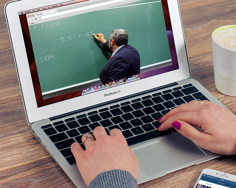 Online schooling leaves physical and mental effects on students