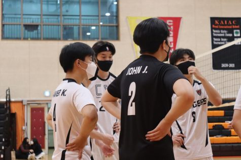 Intra-school volleyball game motivates athletes