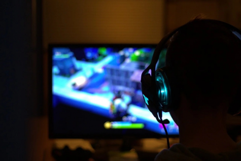 Chinese government regulates gaming time for teenagers