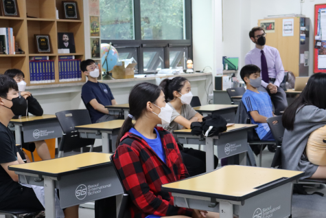 SIS offers after-school NHD training sessions