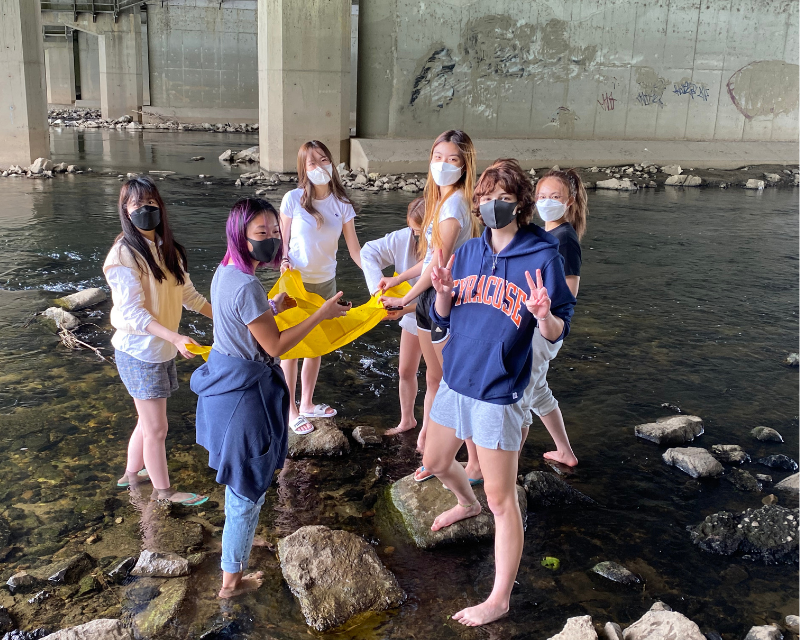 AP Environmental Science students enjoy a mini field trip